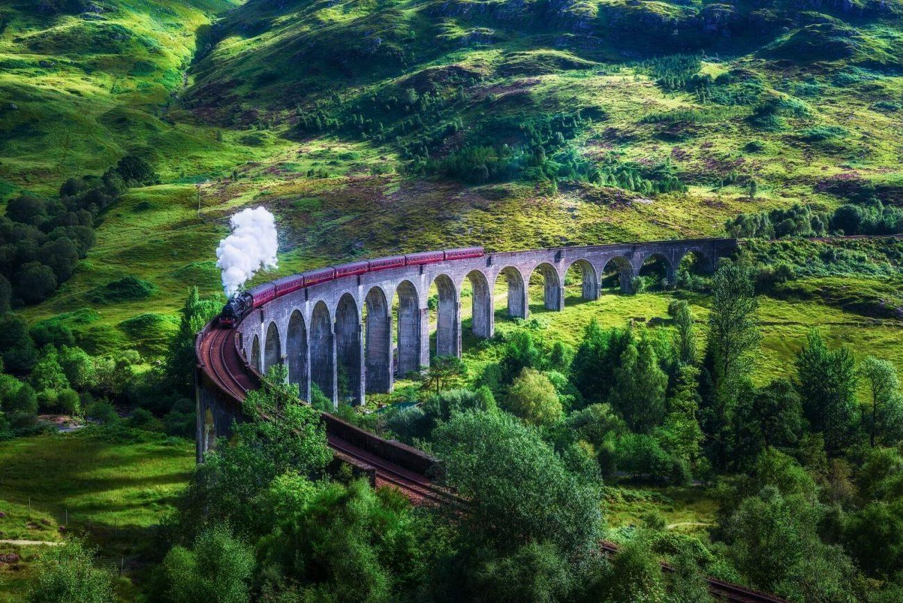 Glenfinnan Viaduct - Hogwarts Express scenes